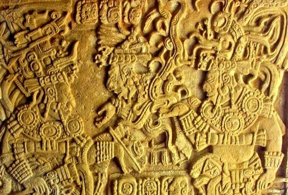 Grabado maya