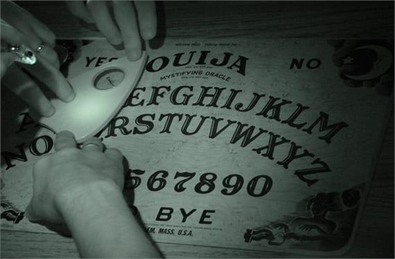 Ouija 2(1)