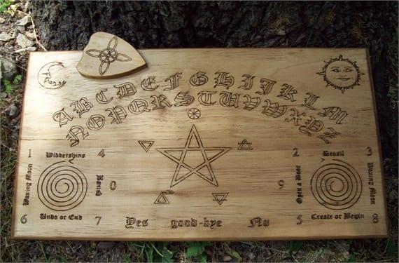 Ouija 4(1)