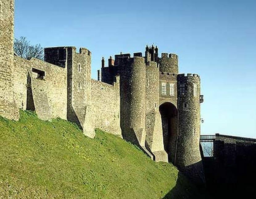 castillo-dover
