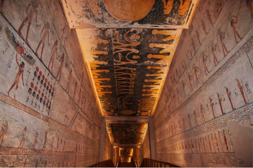 ¿Cómo interpretar y leer las cartas del tarot egipcio?